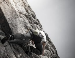 natural-rock-climbing-3